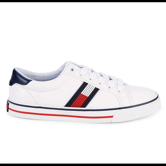 Tommy Hilfiger Shoes   Oneas Lace Up